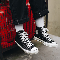 Intacto Educación Isla Stewart  Converse Chuck Taylor All-Star 70 Vintage Suede: On-Foot Shots - The Drop  Date