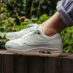 Nike Air Max 1 SI Barely Green: On-Foot