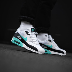 Nike Air Max 90 Aurora Green On Foot Shots By Overkill The Drop