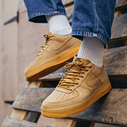 Nike Air Force 1 07 WB: On-Foot Shots