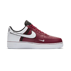 Nike Air Force 1 Low Team Red: a Foot