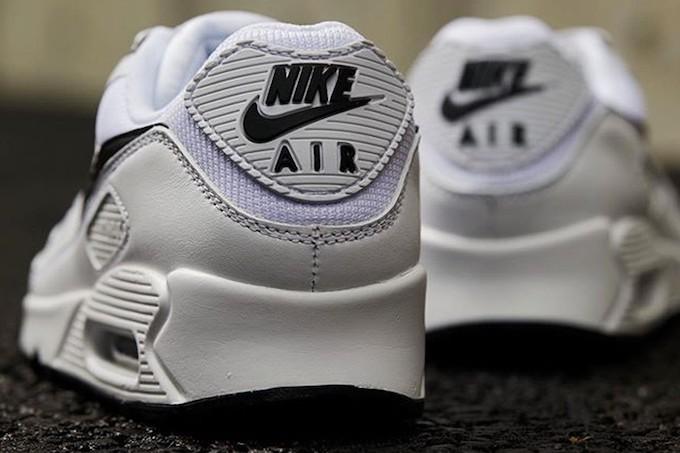 Nike Air Max 90 CT1028-103 - The Drop Date