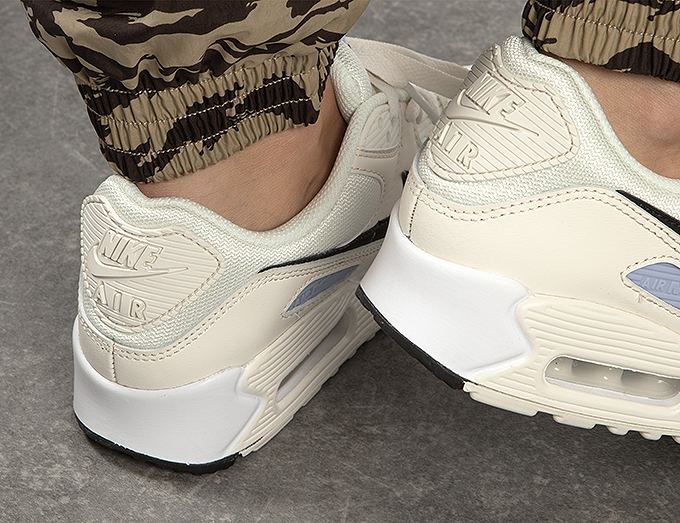 Nike WMNS Air Max 90 CZ6221 100 The Drop Date