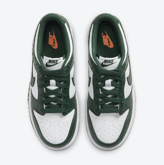 Nike Dunk Low Team Green CW1590-102 - The Drop Date