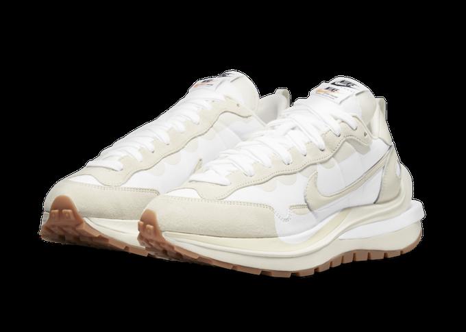 Nike x sacai VaporWaffle in Sail